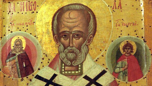 Икона Николай Чудотворец, написанная  в XVI-VII в. в. - Sputnik Южная Осетия