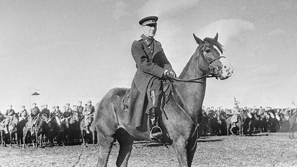 Легендарный осетинский генерал Исса Плиев - Sputnik Южная Осетия