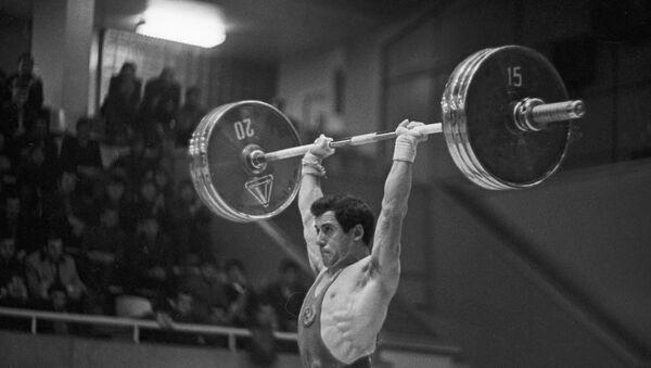 Соревнование на Кубок СССР по тяжелой атлетике - Sputnik Южная Осетия