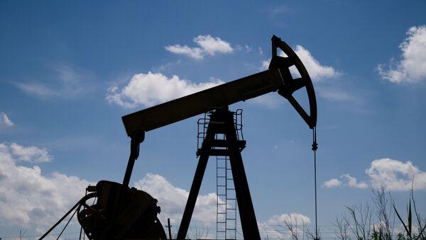 Нефтяной станок-качалка - Sputnik Южная Осетия